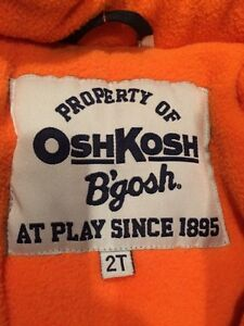 Oshkosh 2T snowsuit  Peterborough Peterborough Area image 2