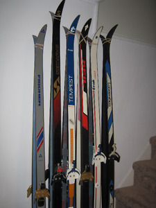 CROSS COUNTRY SKI SETS#1-COMPLETE MEN'S & WOMEN'S SETS