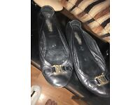 Genuine Louis Vuitton flats size 6