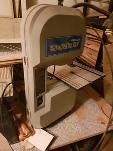 """Delta shopmaster 9"""" bandsaw"""