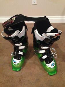 NEW Nordica Fire Arrow Ski Boots