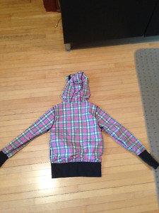 Size 8 Ivivva light wight jacket. perfect for spring!