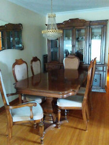 Beautiful Full Italian Dining Room Set