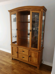 Wood buffet/hutch with glass shelves, mirror wall and pot lights