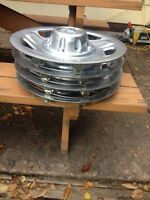 4 16 inches hubcaps