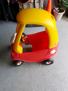 Kids Little-Tikes Red Play Car