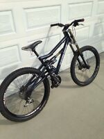 SANTA CRUZ BULLIT FOR SALE!! (Great Deal!)