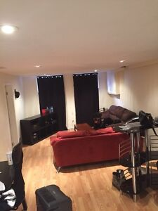 Room for rent October 1st