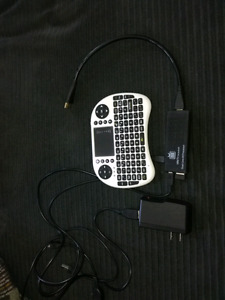 Mini tv for Android with wirelesse pad