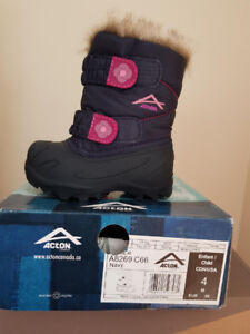 Acton  boots
