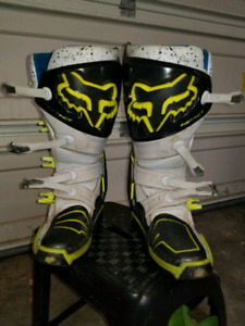 Limited edition Fox Instinct boots size 10