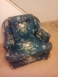 Comfortable Accent Chair London Ontario image 1