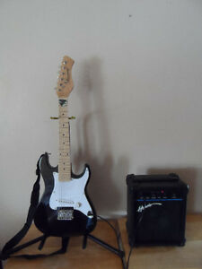 Harmony Electric Guitar Junior-Sized W/ Hondo Amp