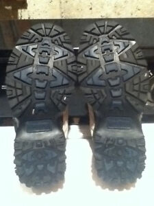 Men's WindRiver Hiking Shoes Size 7 London Ontario image 4
