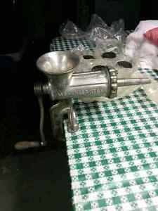 Vintage antique heavy duty Alexanderwerk #20 meat grinder