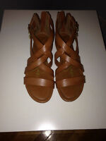 Designer Jessica Simpson Sandals! Never worn! Retail Price: 65$