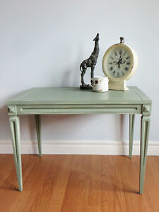 Lovely Deilcraft Table *REDUCED*