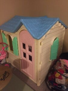 Playhouse used indoors asking $85