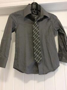 Chemise grise + cravate 6 ans
