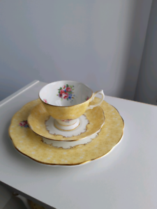 ROYAL ALBERT TEACUP SET Barrack Heights Shellharbour Area Preview