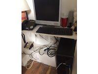 Desktop PC with monitor speaker keyboard mouse