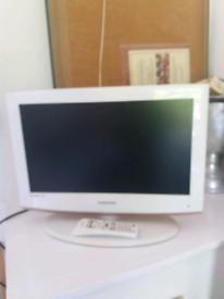 Samsung HDTV White 21 inch.