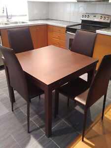 Dining set - Extendible table + 4 Chairs