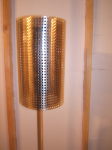 BEAUTIFUL STAINLESS STEEL FLOOR LAMP