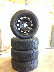 Avalanche X-treme 205/55 R16 (studded)