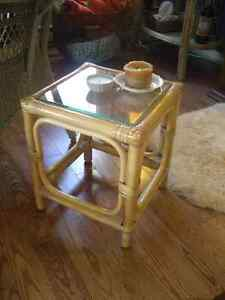 MID-CENTURY SMALL RATTAN SIDE TABLE