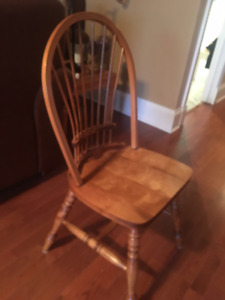 Solid wood  Shaker style dining room chairs