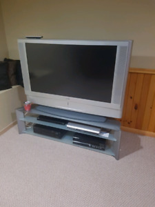 """53 """" sony lcd projection"""
