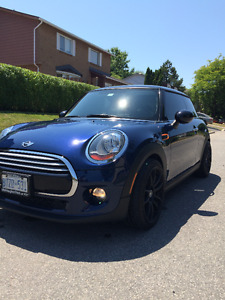 2014 MINI Classic Mini Coupe (2 door)