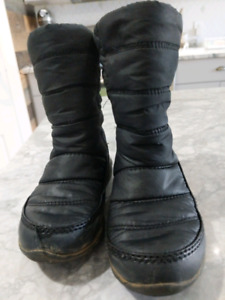 Sorel winter boots toddler size 10