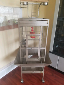 Large bird cage with accessories- new condition