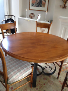 European Luxury Dining Room Table And Chairs