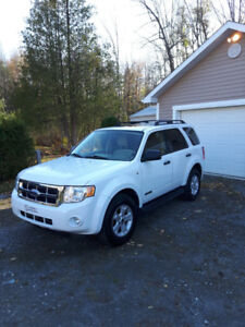Ford escape 2008 XLT V6 AWD