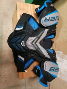 Chest protector and elbow pads Junior  Small