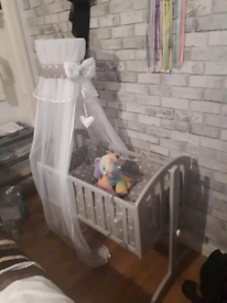 Cradle bedding and canopy set (CRADLE NOT INCLUDED)