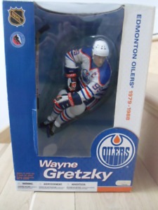 "2004-McFarlanes-Legends-#99-Wayne Gretzky 12"" Action Figure."