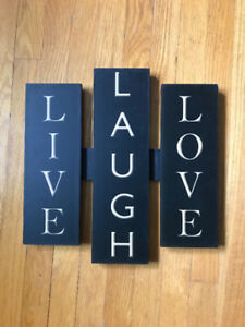 Live, Laugh, Love Wall Mount
