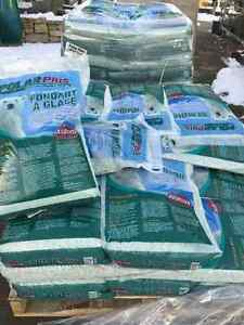 Polar Plus Natural Ice Melter 20KG Bags