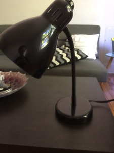 2 YEAR OLD LAMP, ONLY $7, GREAT CONDITION
