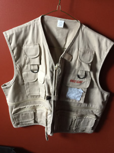 X-Large Fishing Vest (Brand new)