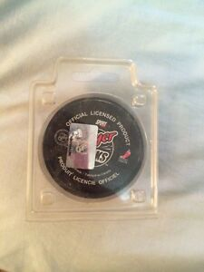 Ray emery hockey puck not signed  Peterborough Peterborough Area image 2