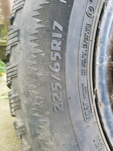 Winter tires (snow tires)  225/65R17 on rims