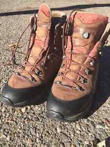 Lowa ALBULA GTX Ws Gore-Tex Leather Hiking Boots