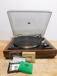 Vintage Realistic R-8000 Turntable + SHURE Cartridge Realistic