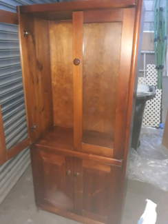 Solid timber cabinet Windsor Hawkesbury Area Preview