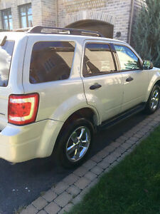 2009 Ford Escape XLT AWD  ***WOW 53,000***   Rare low mileage
